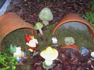 Betty Sneeringer's broken flower pot garden
