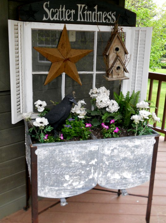 Stars, birdhouses and crows are some of the themes Annie uses in her primitive creations.