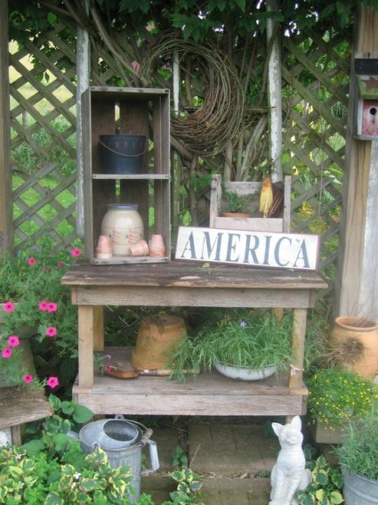 Tammy 's rustic work station