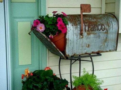 Marvelous Mailboxes In The Garden Flea Market Gardening