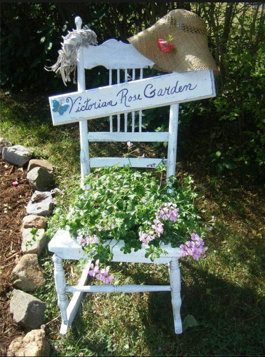 How to design and paint a garden sign Flea Market Gardening
