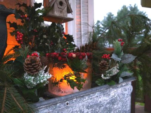 Annie Steen's ice candle is the focal point of this galvanized 'window box.'