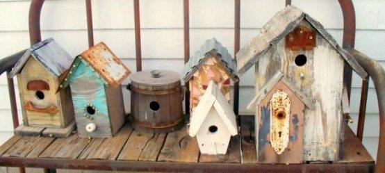 Birdhouse bench featured