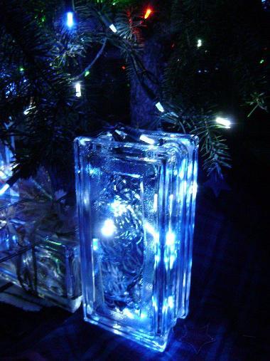 Lit glass bricks