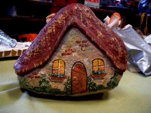 Sue Gerdes' gnome home