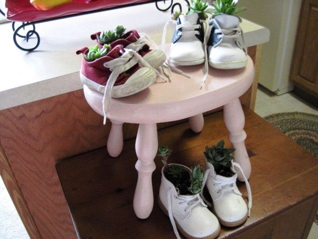 Baby shoes make charming 'containers'