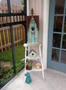 THIS is My favorite birdhouse.