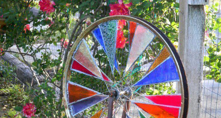 Stained glass spinner detail.