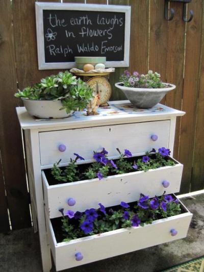 Jeanie S Garden Dresser Drawers Flea Market Gardening