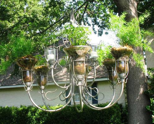 Upcycling Vintage Light Fixtures For The Garden Flea