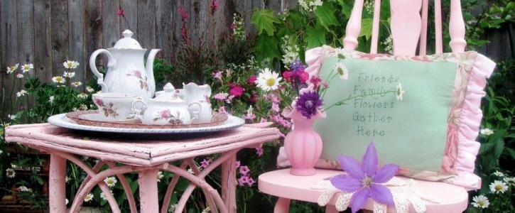 Becky's signature pink garden