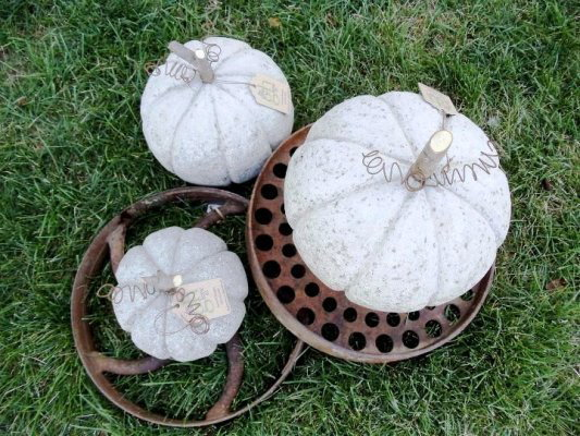 Simply Bungalow's curvy kick-proof pumpkins