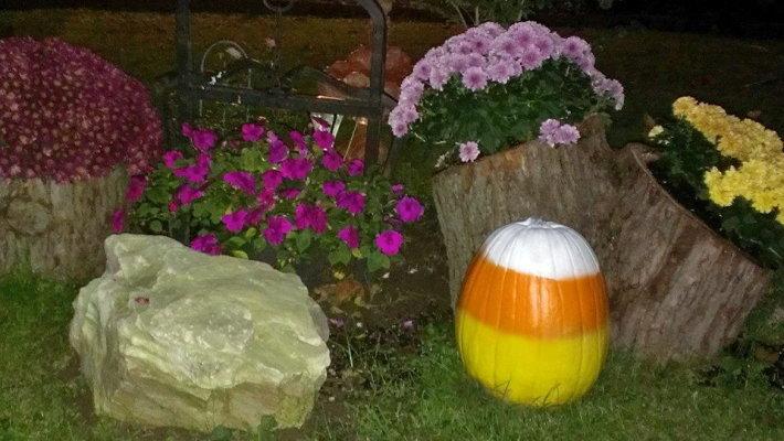 Vickie Brewer candy corn pumpkin