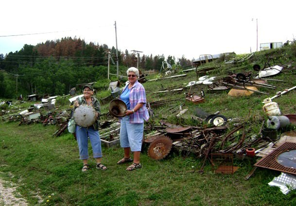 Jeanne and Nancy pick out rusty treasures..