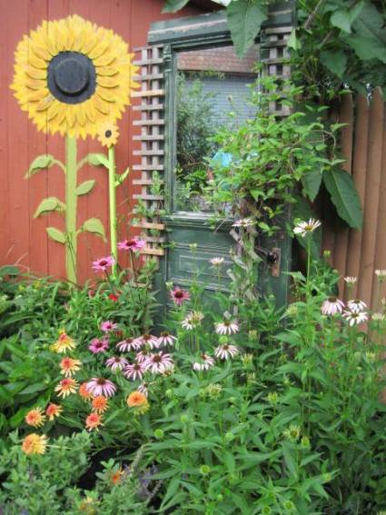 Mr And Mrs Wickline And Their Whimsical Garden Tour Flea