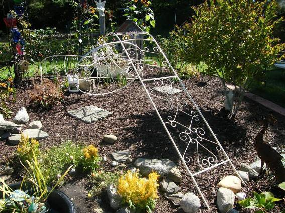 Putting the arbor together, at last!