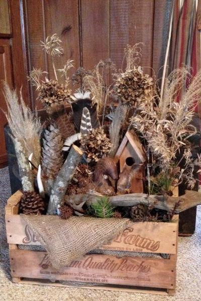 LouJean Bailey's wooden box vignette