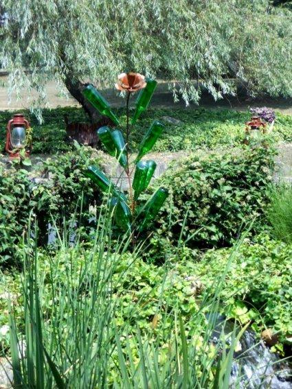 Annie's green bottle tree