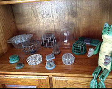 Marta King Just part of my frog collection!