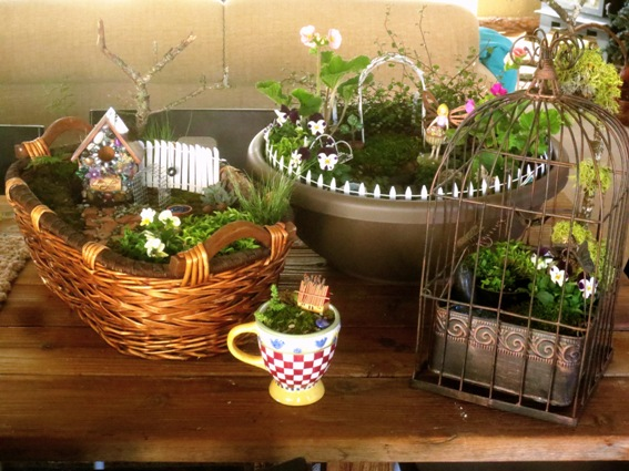 Diy fairy gardens our complete list of ideas flea for Como decorar un jardin con plantas