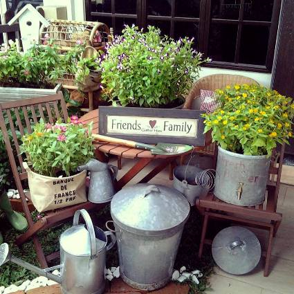 My junktique junk garden