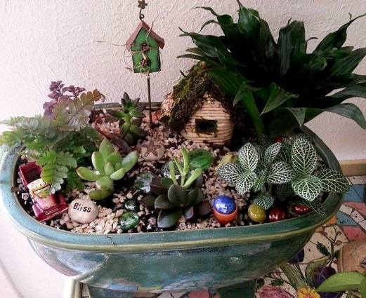 How to create a fairy garden in a container flea market gardening - Dish garden containers ...