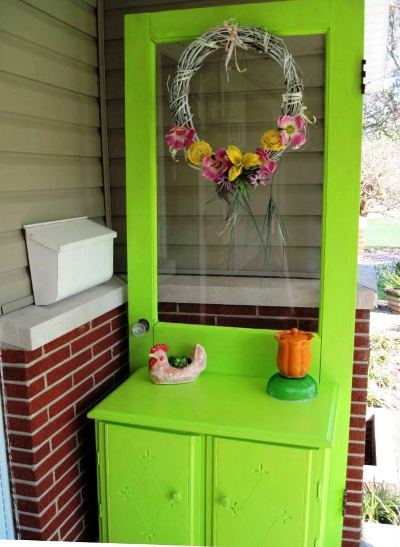 Brenda's 'new' potting table,...after