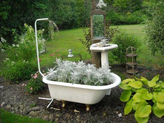 Foamy Artemisia creates bath time bubbles in Cindee Wisniewski s Powder Room