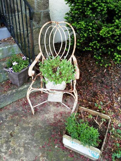 Martha Palmieri's chair has a rusty 'patina'