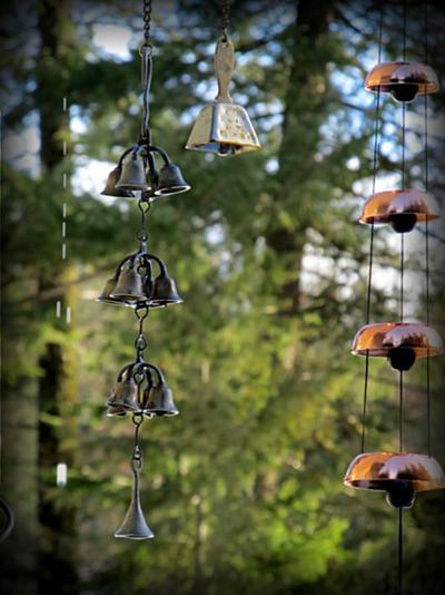 Kirk Willis's beautiful bell chimes