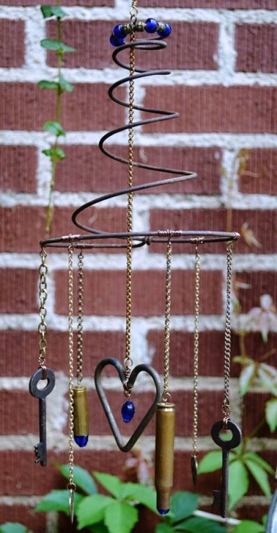 Marie Niemann's heart and key chime