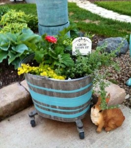 Mop bucket planter
