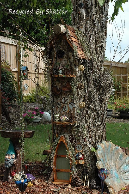 Sherry 39 s terrific miniature tree house flea market gardening for Tall tree stump ideas