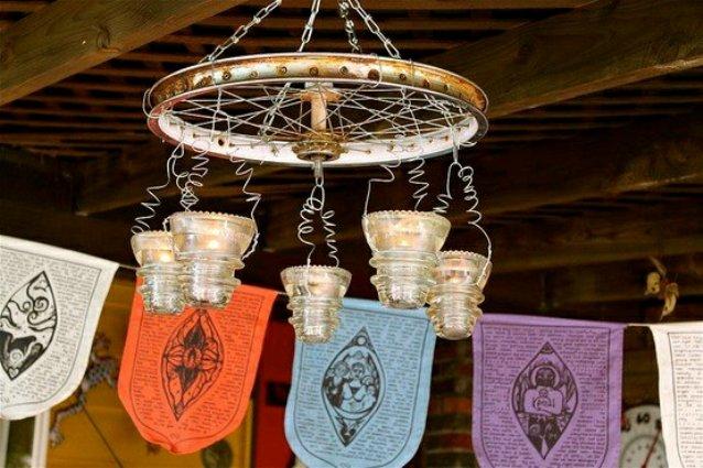 Barb Brashier's chandelier from a bike wheel
