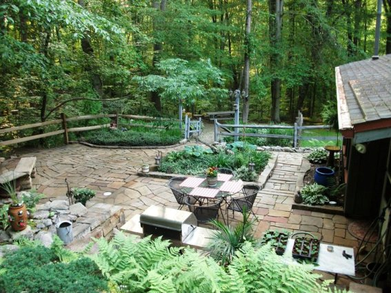 Cindy Trubisky's relaxing patio