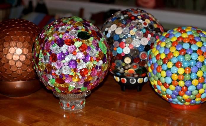Glossy Garden Art Using Bowling Balls Flea Market Gardening