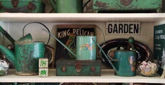 Turn your Flea Market clutter into a collection!