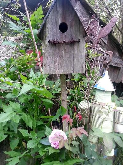 Make A Flea Market Bird House Post Flea Market Gardening