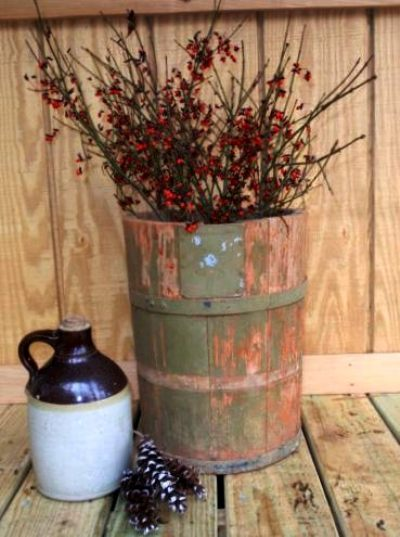 A Fall container