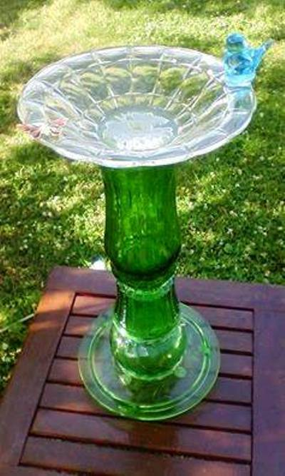 What to do with recycled dishes and china in the garden for Recycled glass art projects