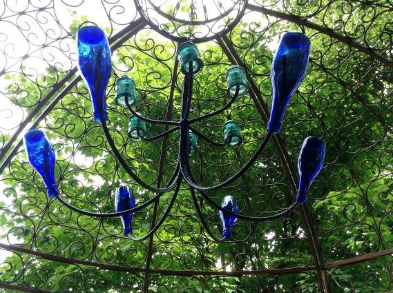 Babie Song's simple blue chandelier