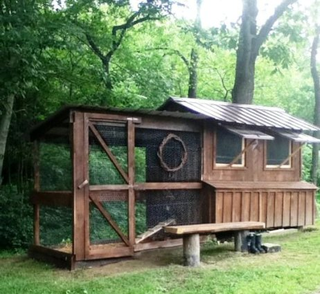 Tammy Beer's totally recycled coop