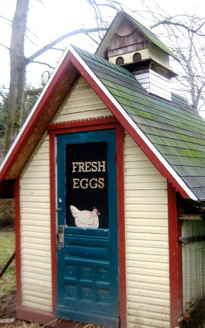 The coop at Laura's Little Shop Antiques and Gardens