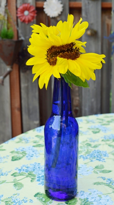 "Marie says, ""I love yellow with cobalt blue. Notice the unusual shape?"""