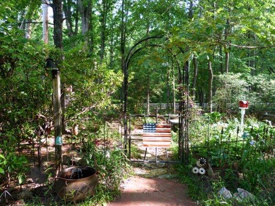Kathy Hardin's woodsy arbor retreat