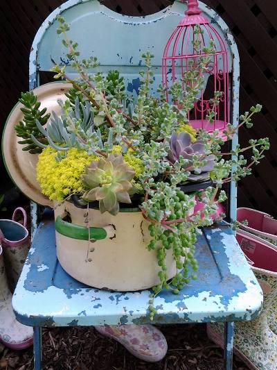 Rhonda Duchesneau's enamel chair and brilliant enamel pot