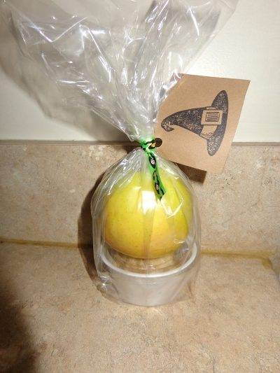 Take home favor from the soiree ...apple & apple brickle dip