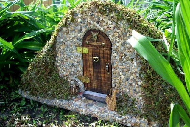 Helen Eyers's brilliant handmade fairy entrance