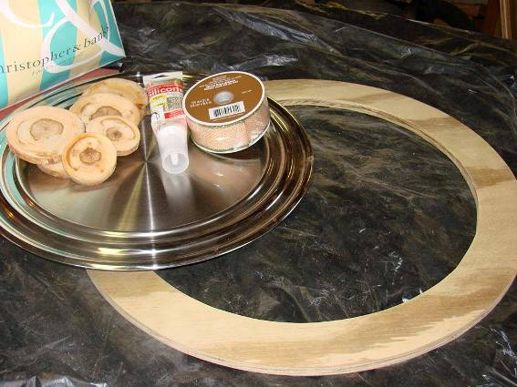 Materials, wood form, wood slices and wire