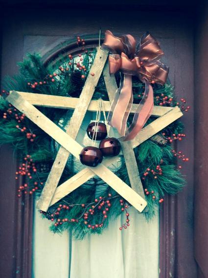 Myra Glandon's wreath is a star
